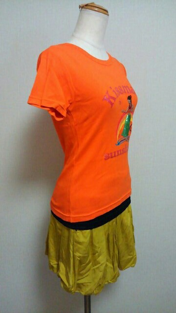 キスマークのTシャツ(70) < ブランドの