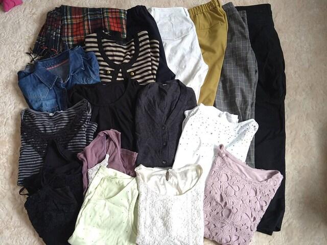 洋服大量まとめ売り福袋、レディースM11号  < 女性ファッションの