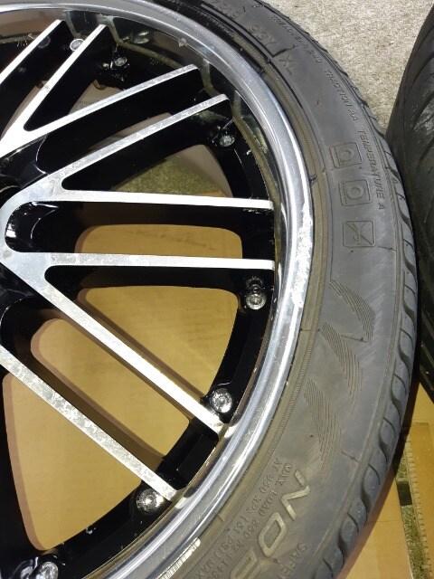 225/40ZR19 夏タイヤ、アルミホイール付4本セット < 自動車/バイク