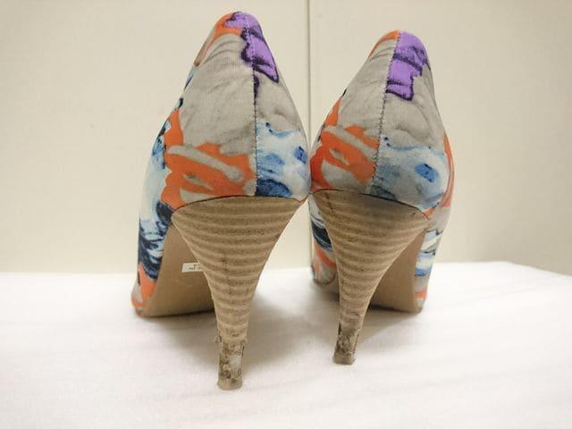 2911-05 花柄 8センチヒール パンプス < 女性ファッションの