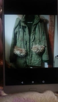 美品カーキボアとファー付きジャケット
