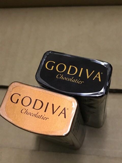 GODIVA ゴディバ チョコ 缶入り パール 新品 2種 < グルメ/ドリンクの