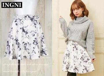 新品 INGNI 花柄スカート フレアスカート