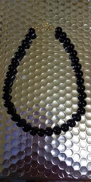 黒のパールネックレス