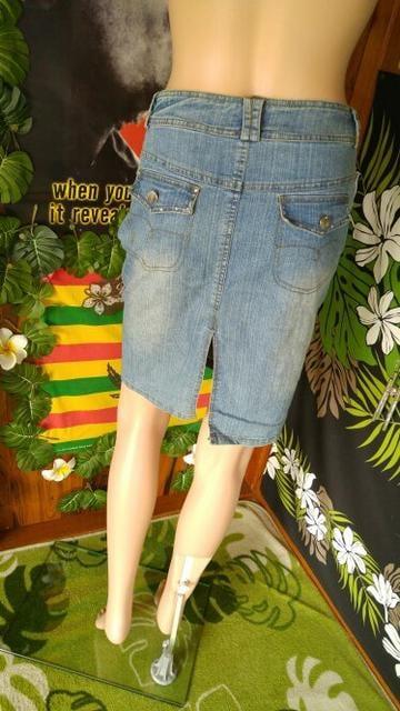 大きいサイズ★キラストーン付&深スリット入★デニムスカート < 女性ファッションの