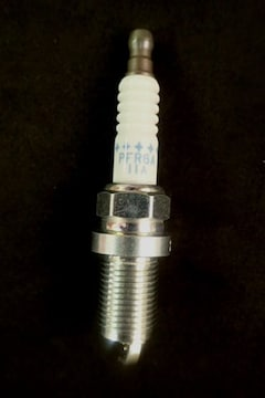 NGK R PFR6A−11A 新品未使用