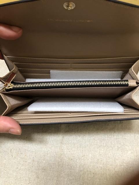 新品黒長財布