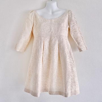 オフホワイトゴールドフラワー花刺繍ジャガードドレスワンピース