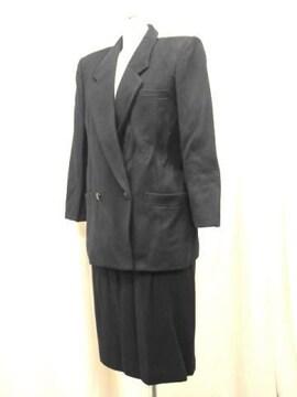 【レナウンルック】黒のスカートスーツです