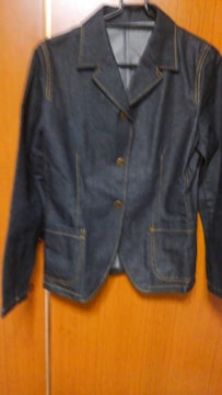 �S デニム風の上着