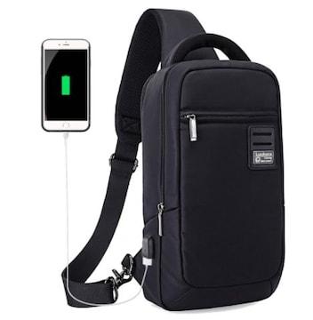 ボディバッグ メンズ USBポート搭載防水L