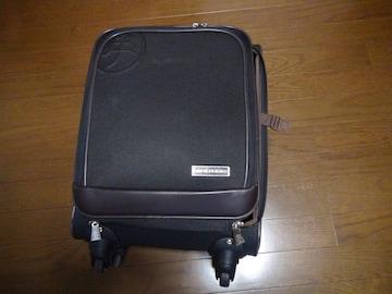 CASTELBAJACの旅行カバン キャスター付き 男女兼用!。