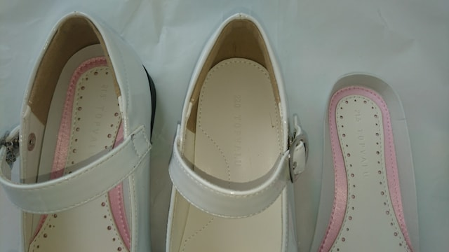 21.5〜22�p★女の子靴★新品同様★発表会、フォーマル等 < キッズ/ベビーの