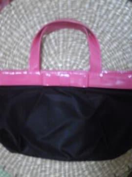 NEW送料込可愛いピンクエナメルリボン飾付シンプル黒&トートカバン値下