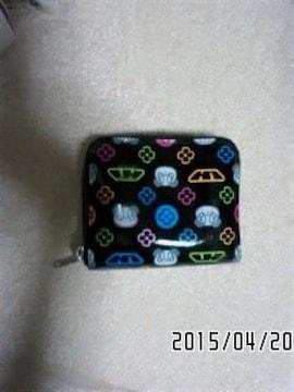 ラバーズハウス・マルチカラーパンダモノグラム柄二つ折り財布