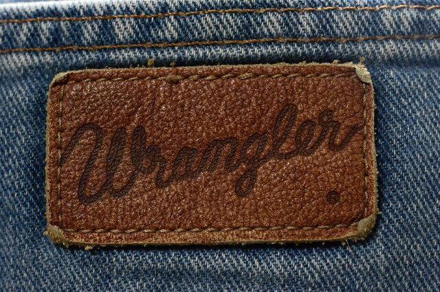 W32 80年代 ラングラー M1778-08テキサスブロークンデニム < ブランドの