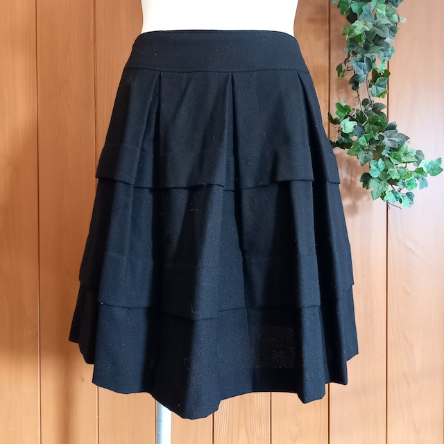 【美品】RIPIEL(リピエール)★フレアスカート☆幅広プリーツ★  < 女性ファッションの