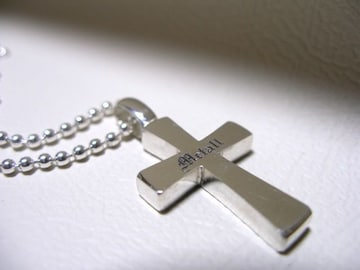 仁尾彫金『文字彫りフラットシルバークロス』十字架90