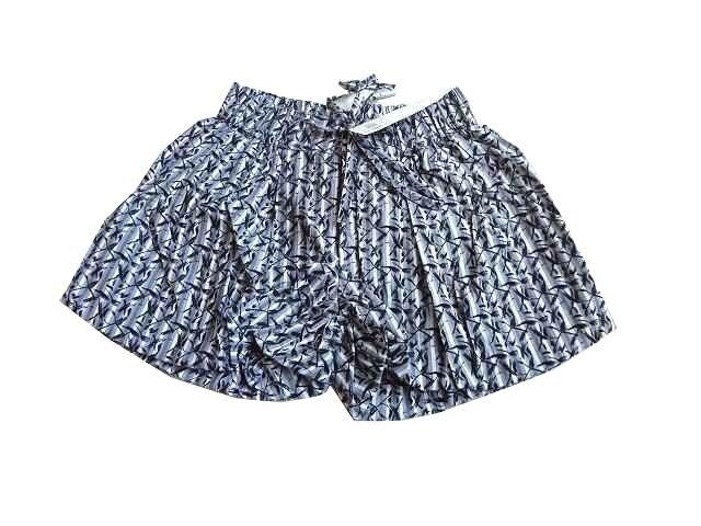 新品 Leap Lippin ショートパンツ 総柄 グレー 定価¥5145  < 女性ファッションの