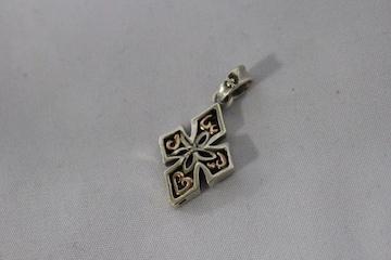 SV925/K10 シルバー&10金コンビペンダントトップダイヤ付