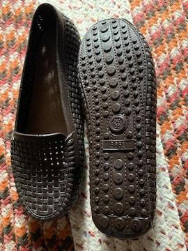 新品未使用 穴付き靴スニーカー サイズ24パンプス