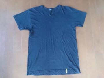 MCM Vネック Tシャツ ブラック Mサイズ 無地シンプル中古古着