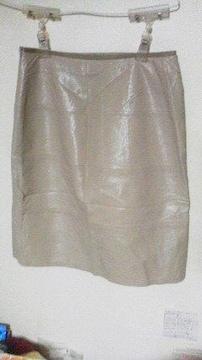 バーバリー 合皮スカート/ベージュ/38size(M)/美品♪
