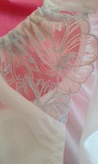 清楚なつるつるパンティーと サブリナ涼感パンスト < 女性ファッションの