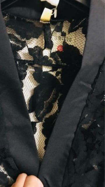 ☆新品未使用☆薄手涼しげなレース羽織 < 女性ファッションの