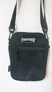 THRASHERショルダーバッグ