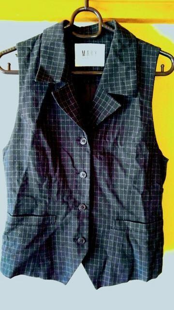 ベスト トップス 黒 ブラック M チェック 9号 サイズ相当 洋服  < 女性ファッションの