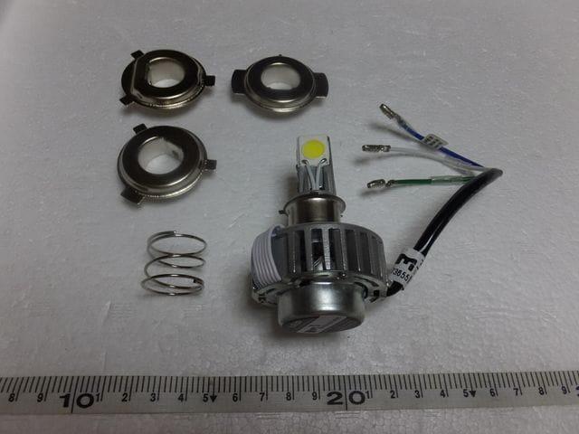 バイク LEDヘッドライト HI-LO PH7.PH8.H4 3面発光18W  < 自動車/バイク