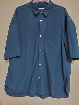 GUネイビーシャツ