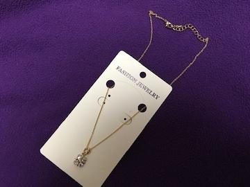 新品未使用 ゴールドネックレス ラインストーン ダイヤモンド