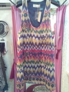 キイロ紫青など柄ビジュー刺繍チュニックミニワンピースM