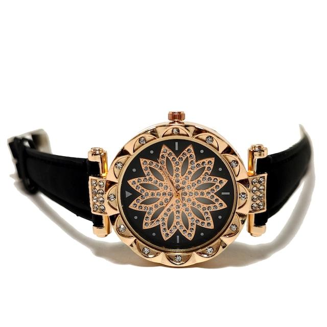 新品 StarrySky【ジルコニア】美しく輝く腕時計 BK < 女性アクセサリー/時計の