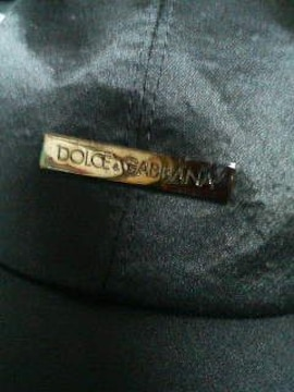 ドルチェ&ガッバーナD&Gキャップ57黒メタルプレート