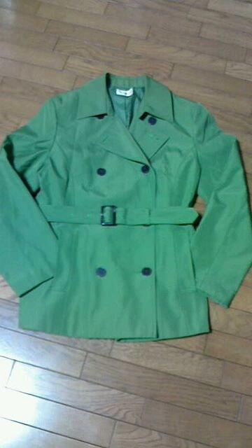 黄緑系、着丈約75�p。  < 女性ファッションの