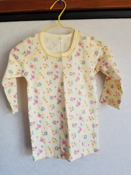 黄色にお花模様の長袖シャツ95
