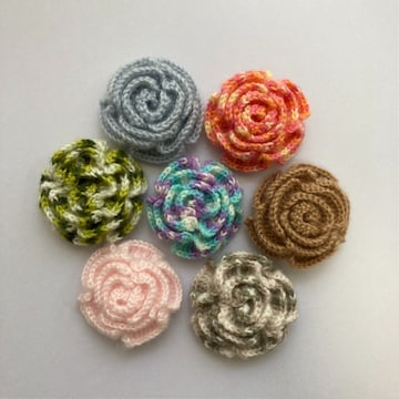 (在庫処分)ハンドメイド毛糸編みお花のモチーフ7個セット