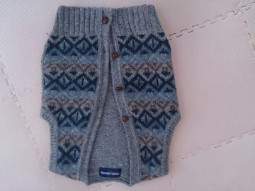 120 FREELANCER 毛糸の手作り風ベスト 美品