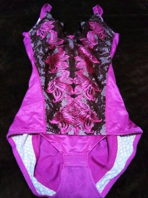 MARUKOカリーユーピンク美品  < 女性ファッションの