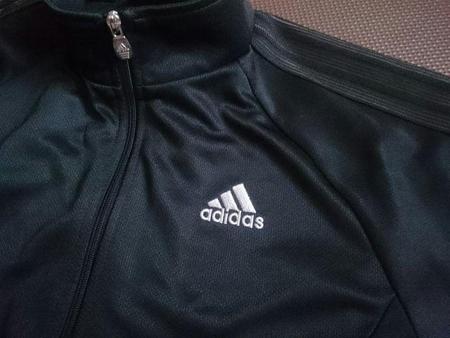 adidas アディダス☆ジャージ★ブラック☆150★ < ブランドの