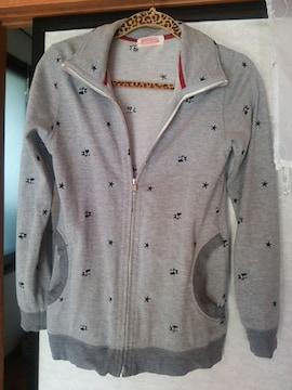 グレー 模様刺繍 スウェット ジッパー