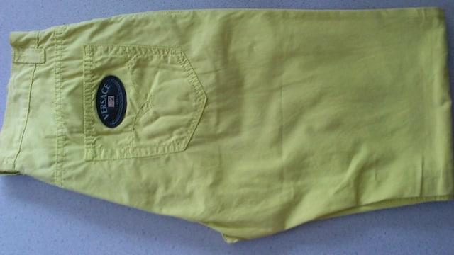 訳あり激安91%オフヴェルサーチェ、ロゴ、パンツ(美品、黄緑、イタリア、33) < 男性ファッションの