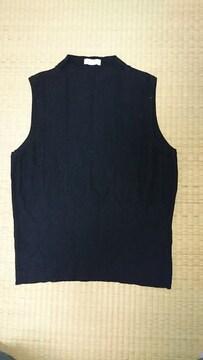 ベスト☆黒色☆ニットセーター☆ノースリ☆カシミヤ☆シルク☆