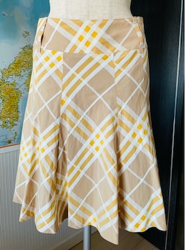 バーバリー ブルーレーベル スカート 38 ベルト付き 美品