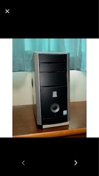 タワー型デスクトップパソコン