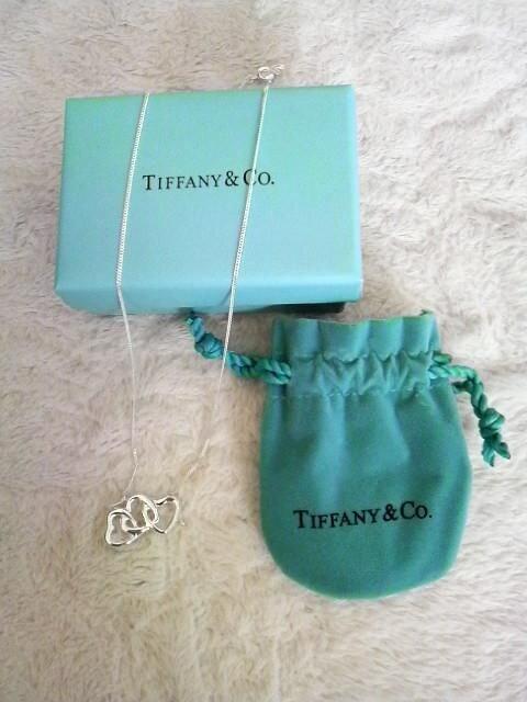 ティファニー(TIFFANY&Co.)★3ハートネックレス < ブランドの