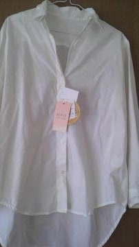 新品未使用・衿ワイヤー入りシルクプロテインシャツ
